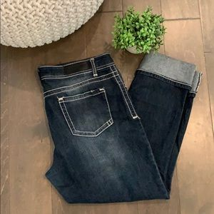 Rue 21 cropped distressed jeans